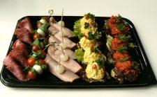 25 luxe hapjes. Besteld bij Catering Service Twente.