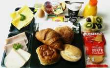 Verwen ontbijt. Besteld bij Catering Service Twente.
