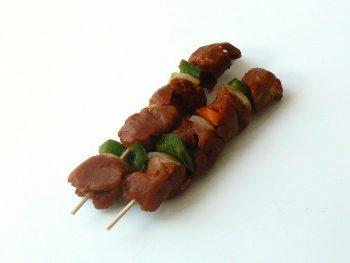 Shaslik voor op de barbecue. Besteld bij Catering Service Twente.