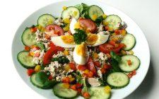 Schaal tonijnsalade. Besteld bij Catering Service Twente.